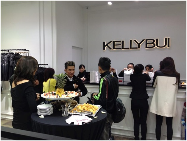 Tiệc khai trương Kelly Bui 3